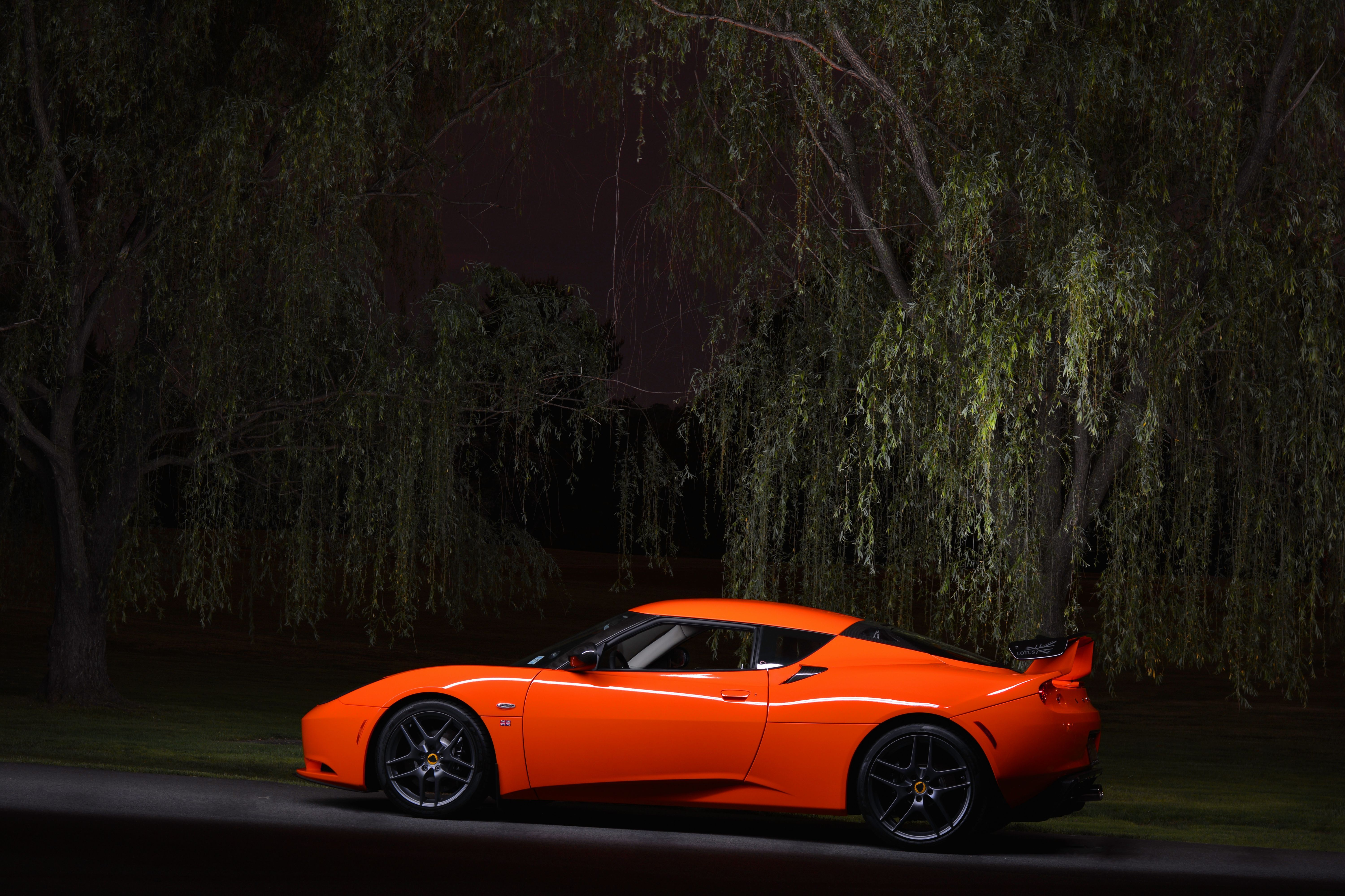 Lotus Evora at night